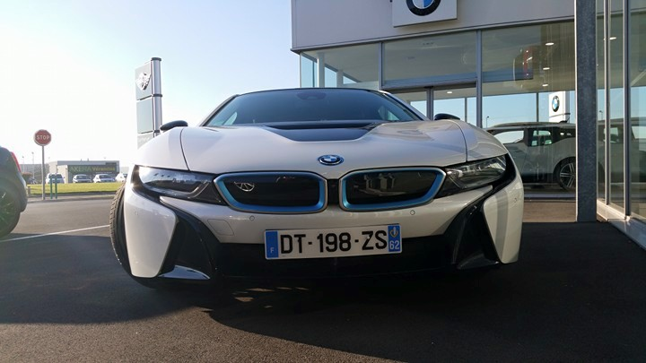 bmw i8 plus d 39 autonomie et de puissance l 39 an prochain. Black Bedroom Furniture Sets. Home Design Ideas