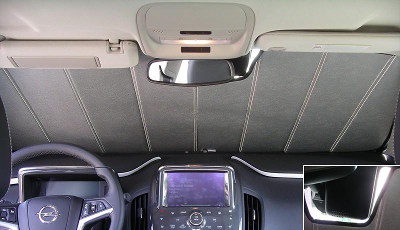 Compartiment arrière Opel Ampera avec pare-soleil