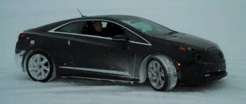 Cadillac ELR dans la neige