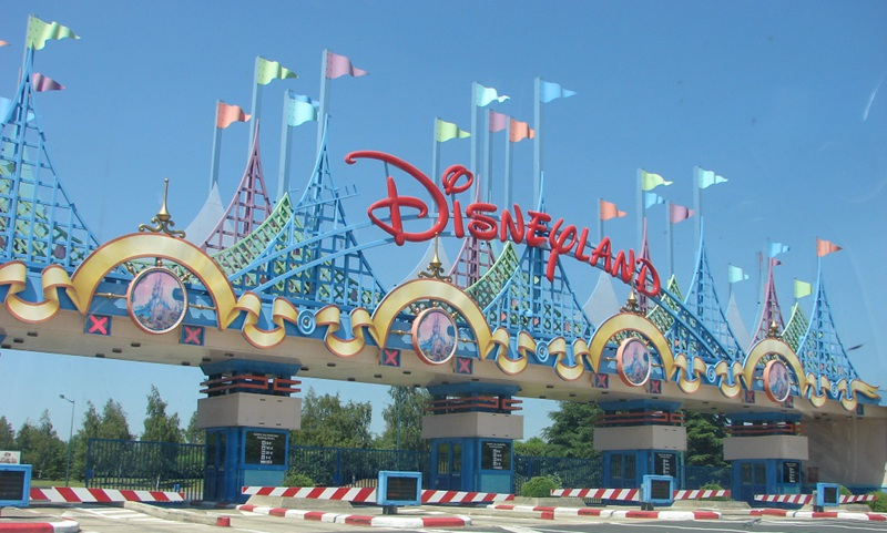 Péage parking Disneyland