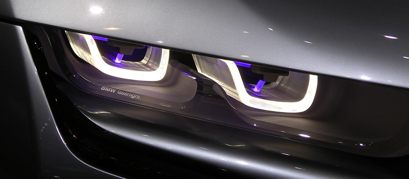 Phare BMW i8
