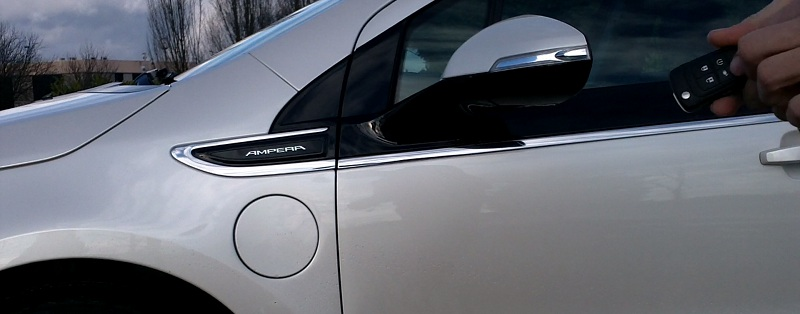 Opel Ampera recharge