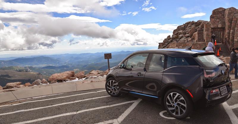 BMW i3 à la montagne