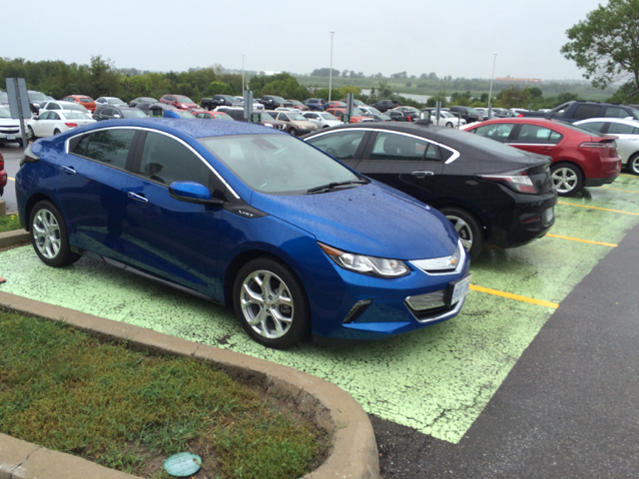 Chevrolet Volt 2016 kickincanada