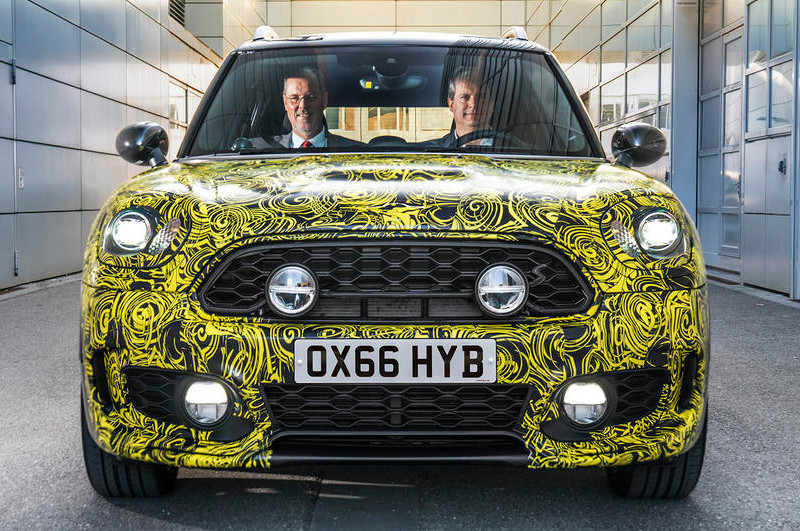 Prototype Mini countryman hybride rechargeable