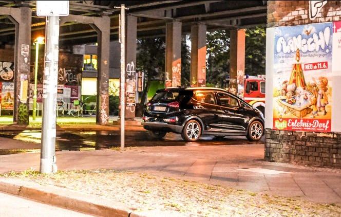 Opel Ampera-e noire
