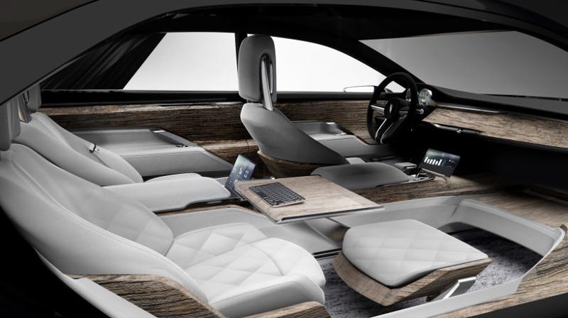 Varsovia une future lectrique de luxe prolongateur for Interieur voiture de luxe